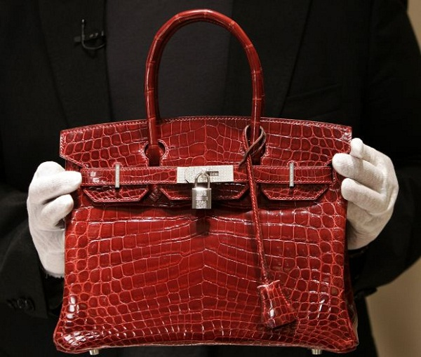 JANE BIRKIN WANTS TO REMOVE HER NAME FROM THE BIRKIN BAG