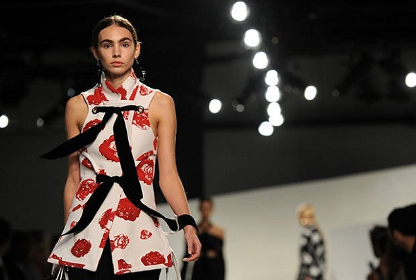 Mark Jacob closes New York Fashion Week in his own style